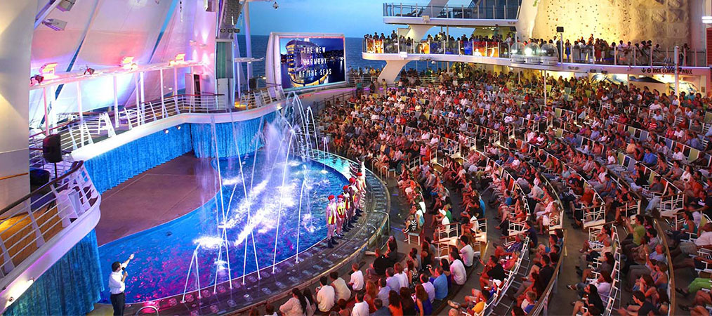 Audience surrounds the AquaTheater on Harmony of the Seas