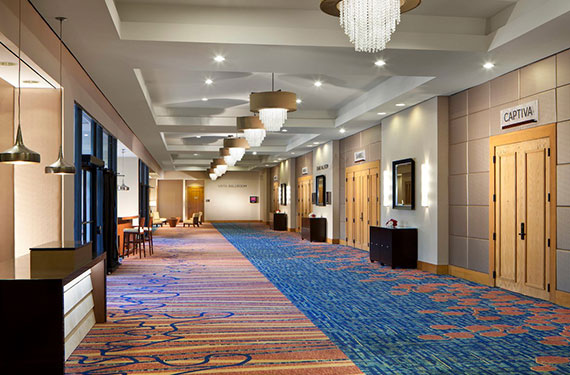 pre-function hallway with chandeliers in Marriott Lakeside Orlando Airport hotel'